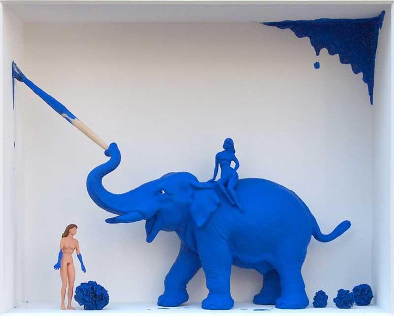 Volker Kühn - The-models-of-Yves-Klein - Art in Boxes